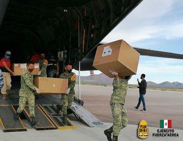El Ejército y Fuerza Aérea Mexicanos trasladan vía aérea Hospital Móvil a Chihuahua