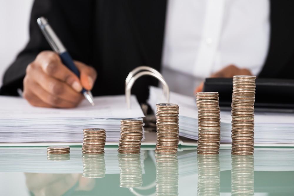 Rentas de negocios deben ajustarse al semáforo epidemiológico, demanda senador de Morena