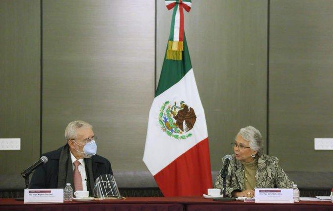 Sostienen reunión Gobernación y SCT con trabajadores de Mexicana de Aviación
