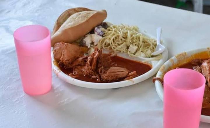 Cenarán cerdo en salsa de piña esta Navidad en los centros penitenciarios de la Ciudad de México