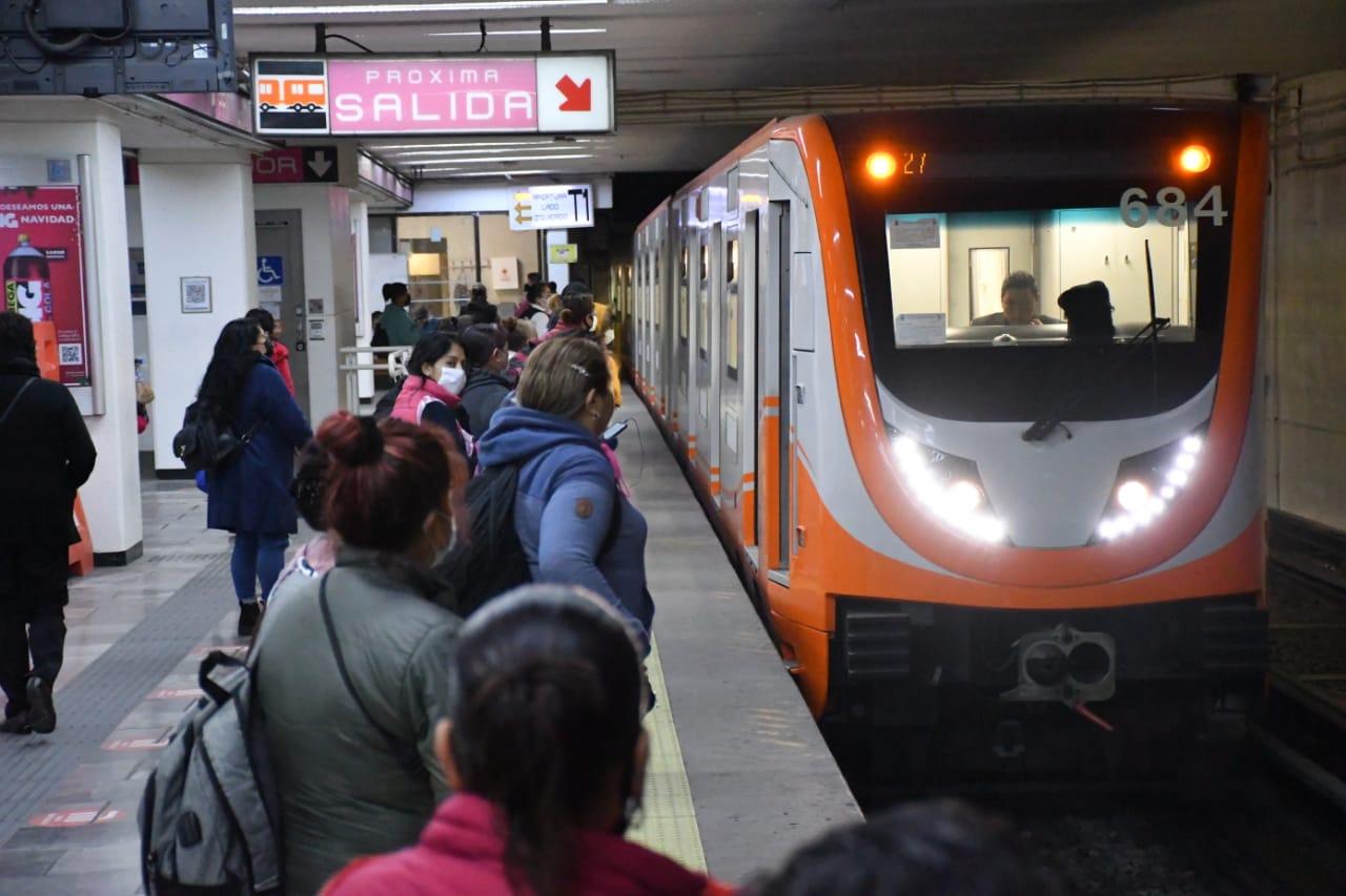 Línea 1 del Metro CDMX transportó a más de 242 mil usuarios en el reinicio de operaciones