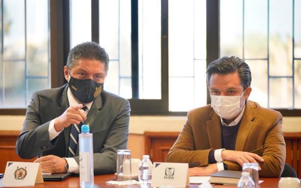 IMSS y Universidad Nicolaita acuerdan trabajo coordinado para obtener la vacuna contra el COVID-19