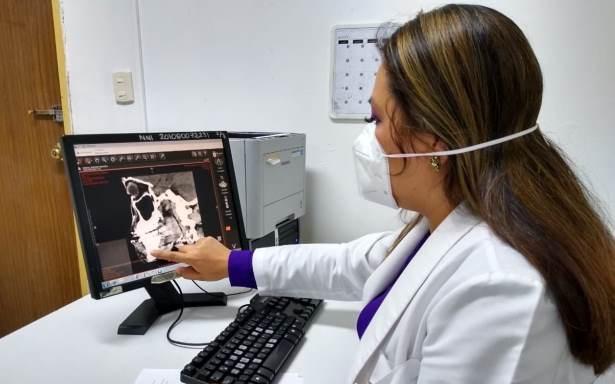 Realiza IMSS en Campeche reconstrucción mandibular a adolescente con traumatismo facial