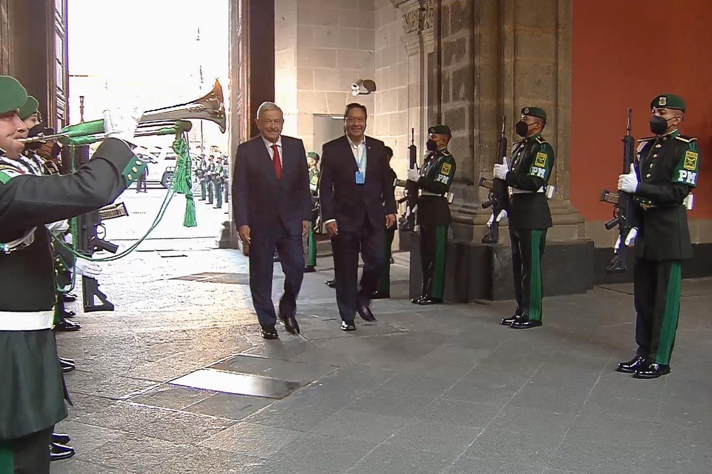 AMLO recibe en La Mañanera al presidente de Bolivia, Luis Arce, informó que se va ampliar la vacunación contra Covid-19 en el país
