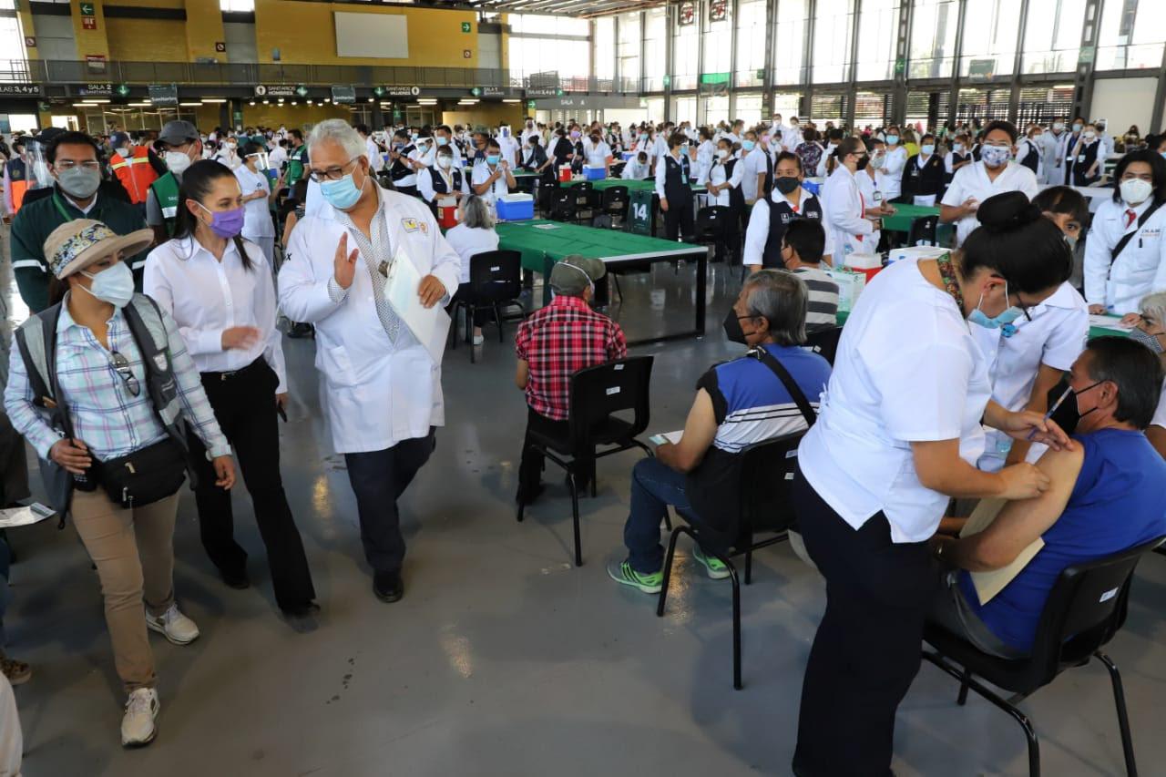 Reporta Gobierno capitalino 537 mil 233 adultos mayores vacunados contra COVID-19 en 11 alcaldías