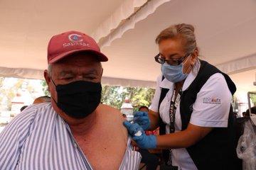 Inician brigadas de vacunación para adultos mayores contra COVID-19 en Coacalco