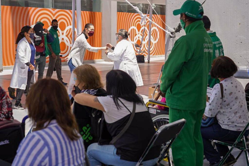 Continúa Ciudad de México en Semáforo Naranja, a partir del lunes estarán permitidos los auto conciertos