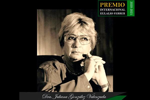 JULIANA GONZÁLEZ, PRIMERA MUJER EN RECIBIR EL PREMIO INTERNACIONAL EULALIO FERRER