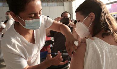 Necesario vacunarse para ganarle a la pandemia: ISSSTE