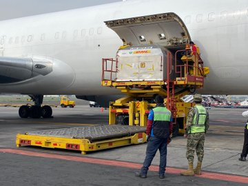 Llega a México el trigésimo quinto cargamento de vacunas de Pfizer-BioNTech