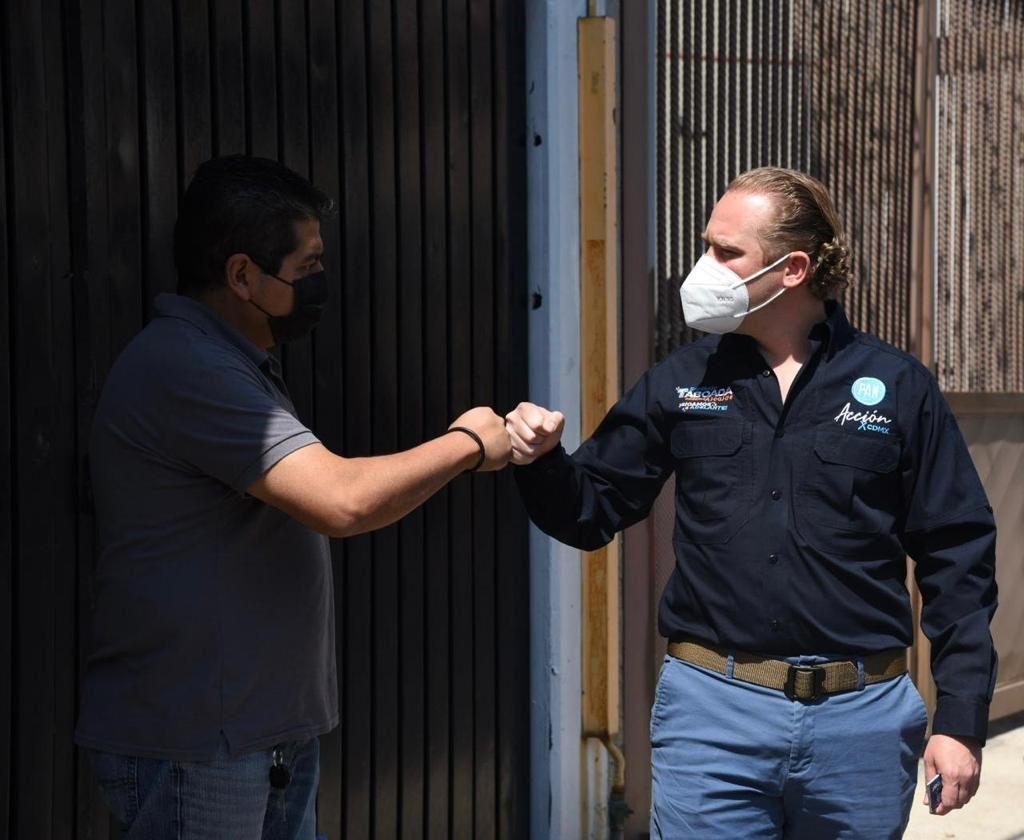 """""""Yo quiero que siga el PAN porque el trabajo en seguridad requiere continuidad"""": vecino de la colonia San Simón"""