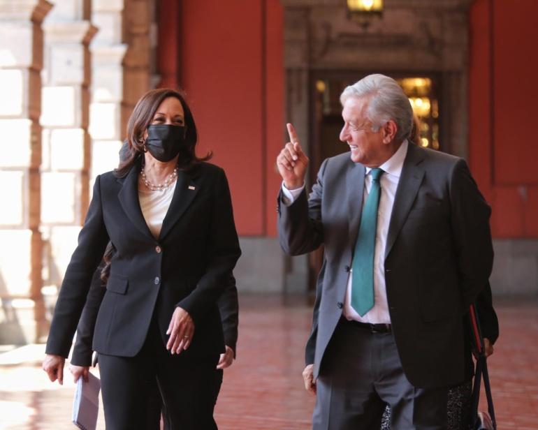 El presidente de México dialogó sobre migración con vicepresidenta de Estados Unidos, Kamala Harris