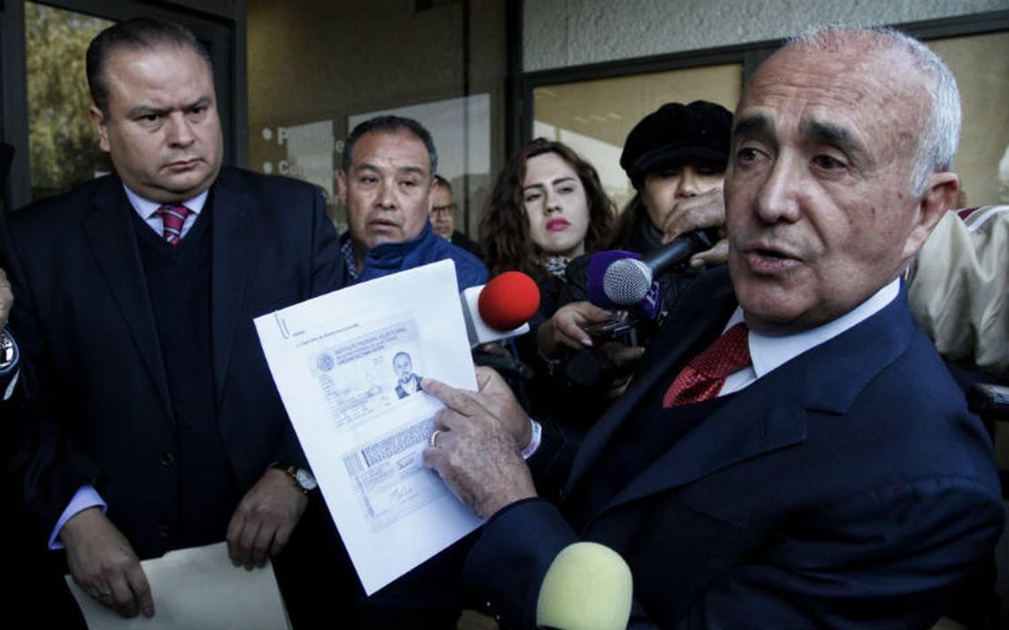INE debe investigar la compra-venta de firmas para independientes: Ferriz de Con