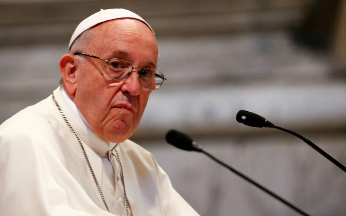 Papa acepta renuncia de tres obispos chilenos por escándalo de pedofilia