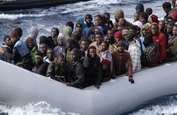 Rescatan a 91 inmigrantes de una embarcación en el Canal de Sicilia