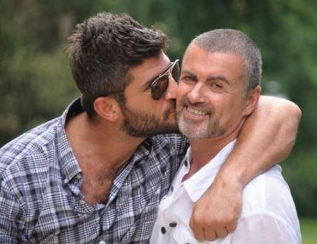 Novio de George Michael narra cómo encontró a su pareja sin vida
