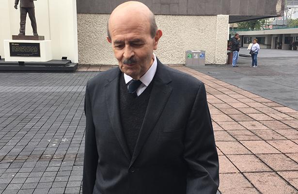 Buscan suspensión de derechos partidistas para Fausto Vallejo