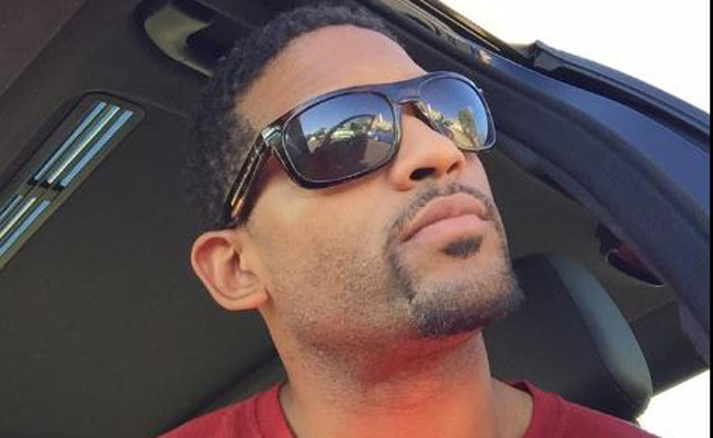 Actor se suicida después de anunciarlo por Facebook Live