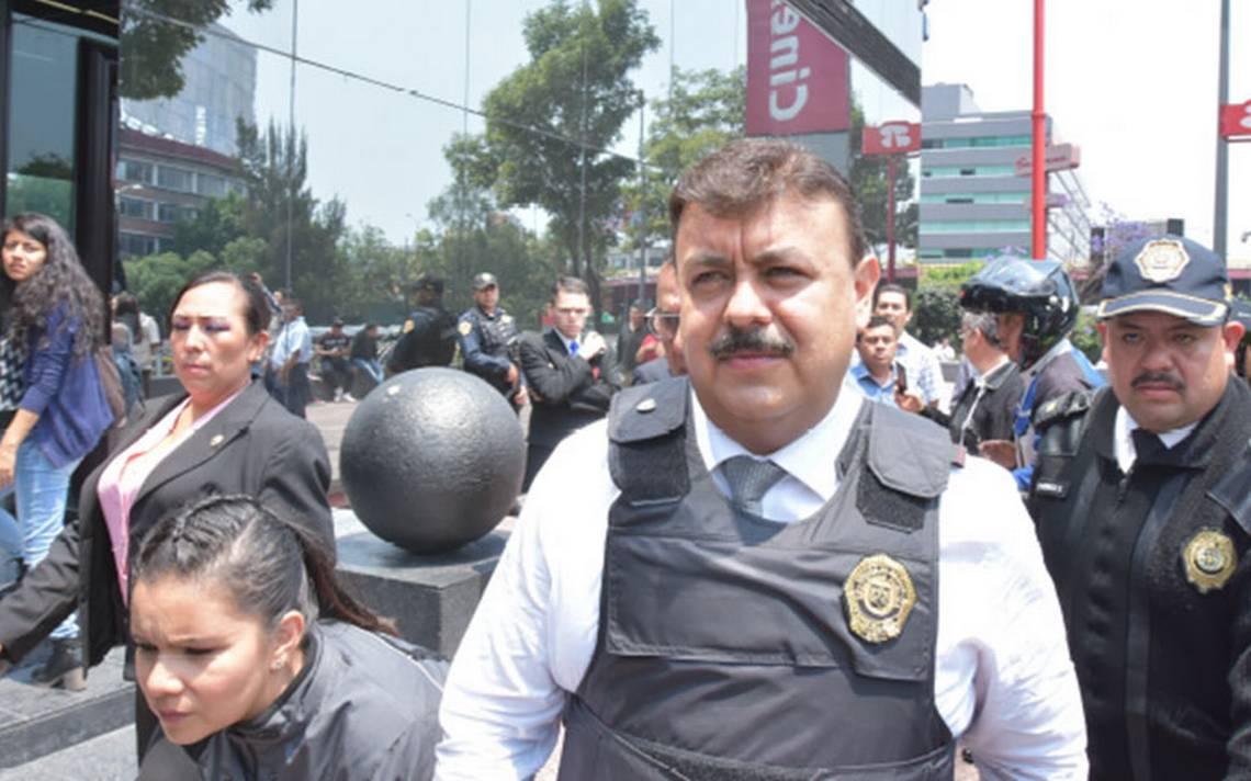 Hiram Almeida debe explicar su salida, pide Asamblea Legislativa