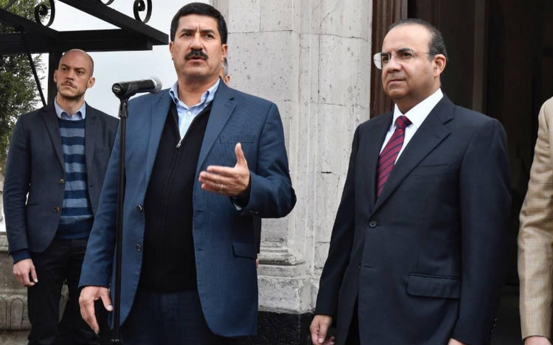 Corral y Navarrete concluyen reunión sin acuerdos; continuará diálogo