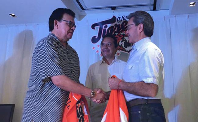 """Toro"" Valenzuela, nuevo dueño de Tigres de Quintana Roo"