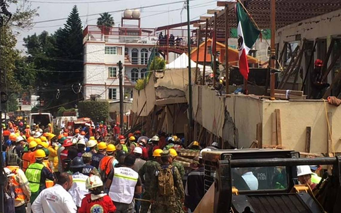 Alertan por riesgo de colapso en el Rébsamen; desalojan a todos