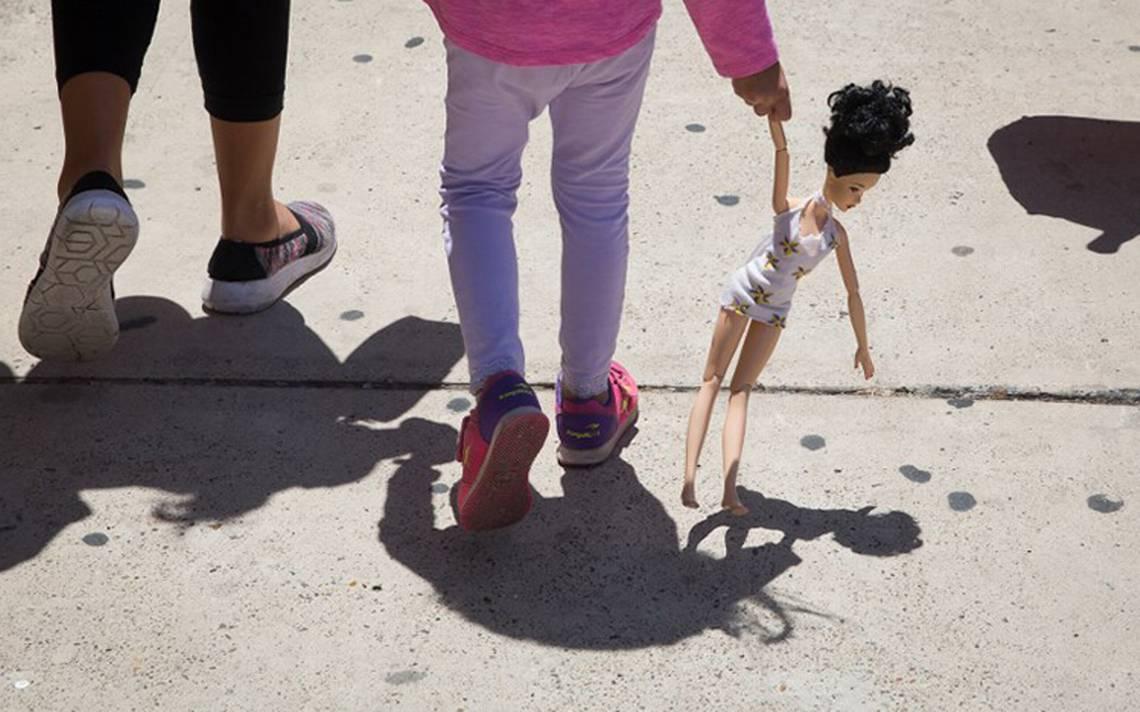 """Educación sexual """"es algo de güeros"""" dice migrante mexicana en EU por anticonceptivos"""