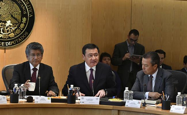 Militares no actuarán en manifestaciones públicas: Osorio Chong