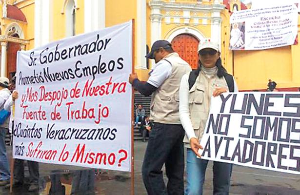 Veracruzanos, sin Seguro Popular tras despidos