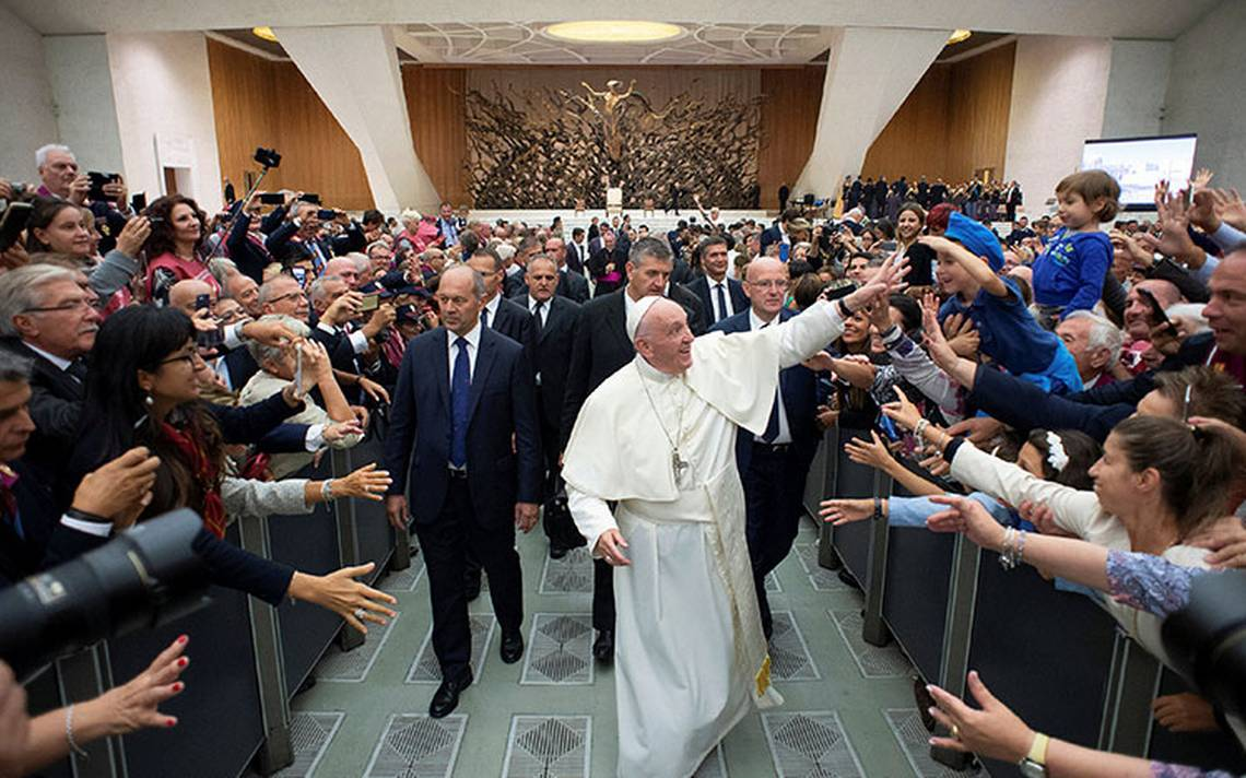 Acusan al Papa por encubrir pedófilos en Italia