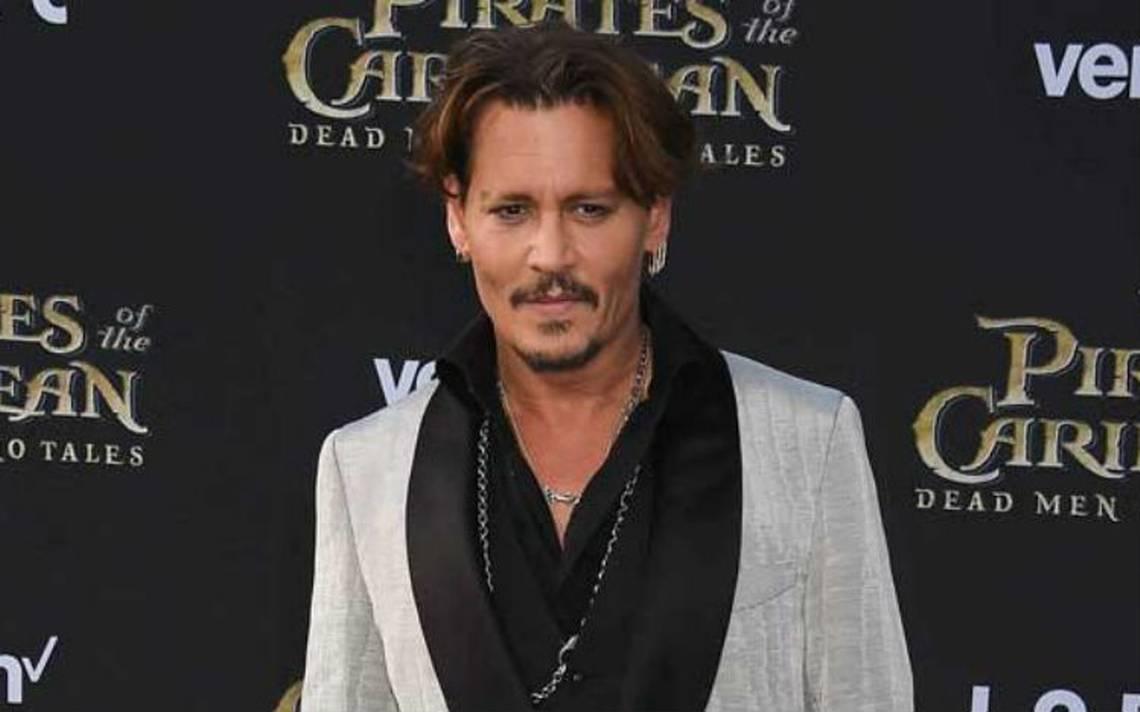 Exguardias de seguridad demandan a Johnny Depp por pagos de salarios