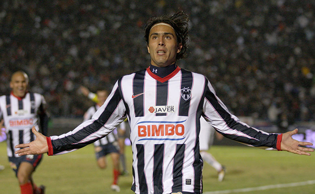 Aldo de Nigris pone fin a su carrera como futbolista profesional