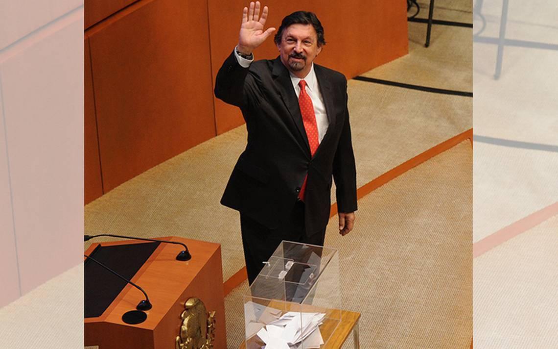 Dan a Gómez Urrutia la comisión del Trabajo en el Senado