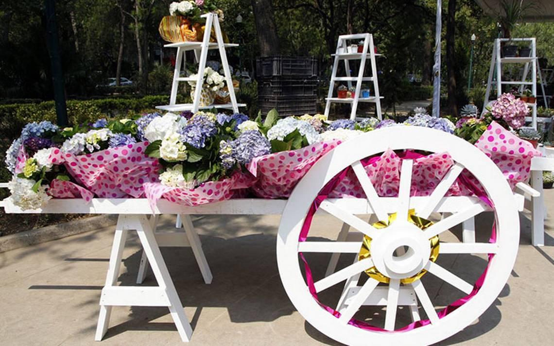 """""""Flores Para Mamá"""" este 10 de mayo: productores llegan al Parque Lincoln"""
