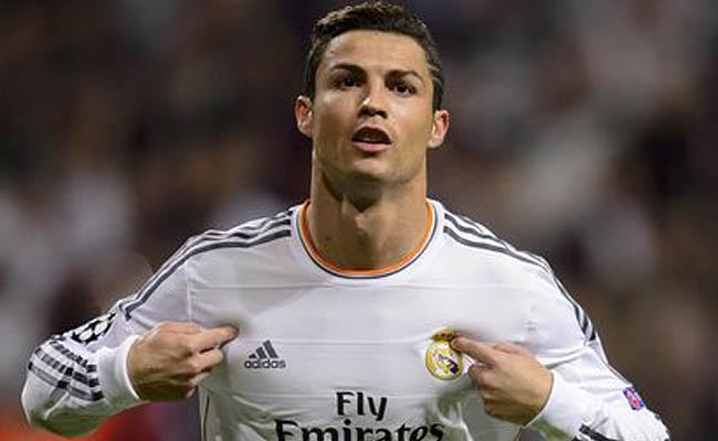 Cristiano Ronaldo, el mejor pagado del mundo según Forbes