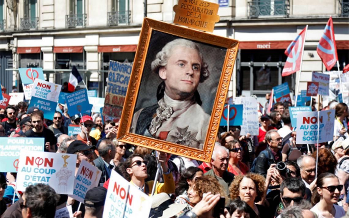 Francia ridiculiza a Macron en marcha
