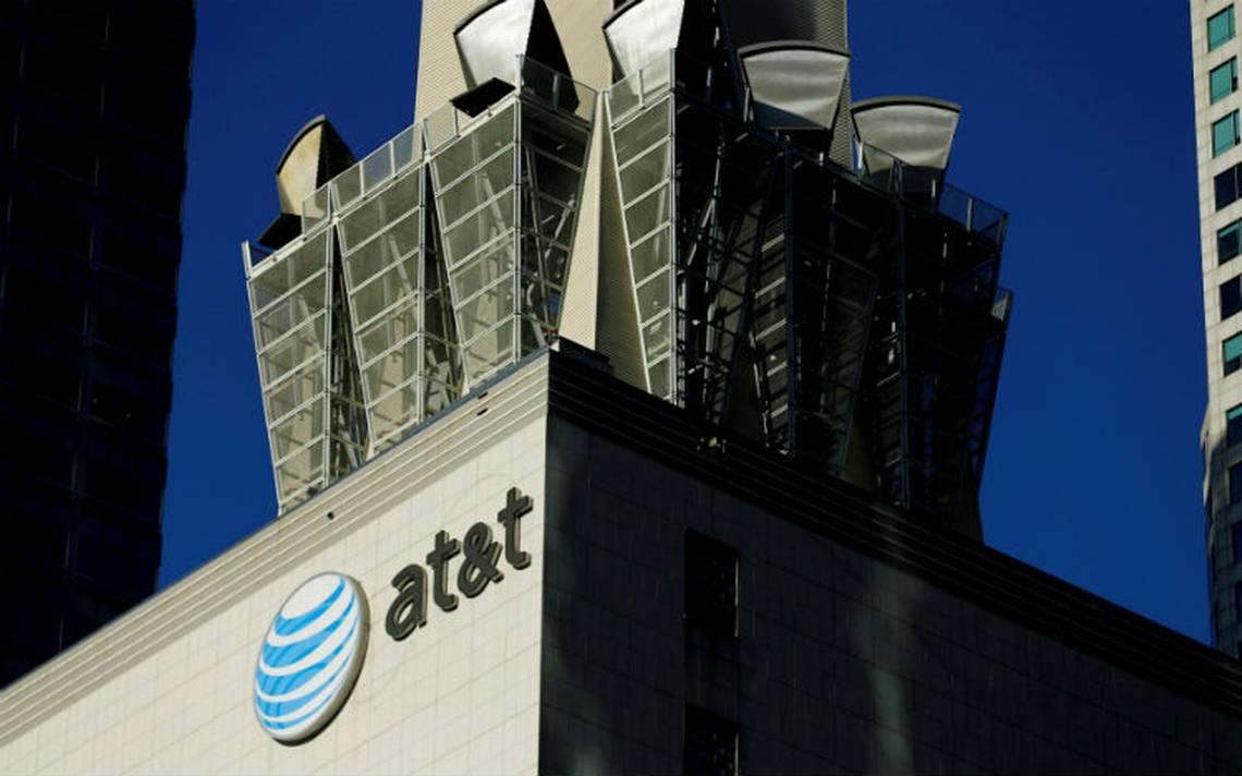 Departamento de Justicia de EU busca impedir fusión AT&T-Time Warner