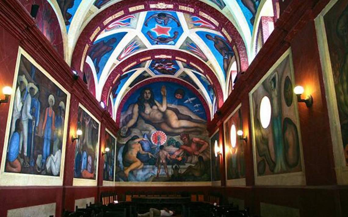 Diego Rivera 'sobrevive' al sismo del 19S en capilla de Chapingo