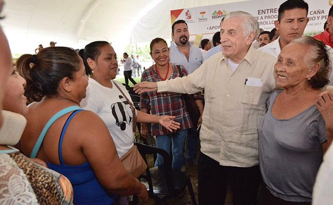 Fortalecen desarrollo en Cárdenas con obras y apoyos