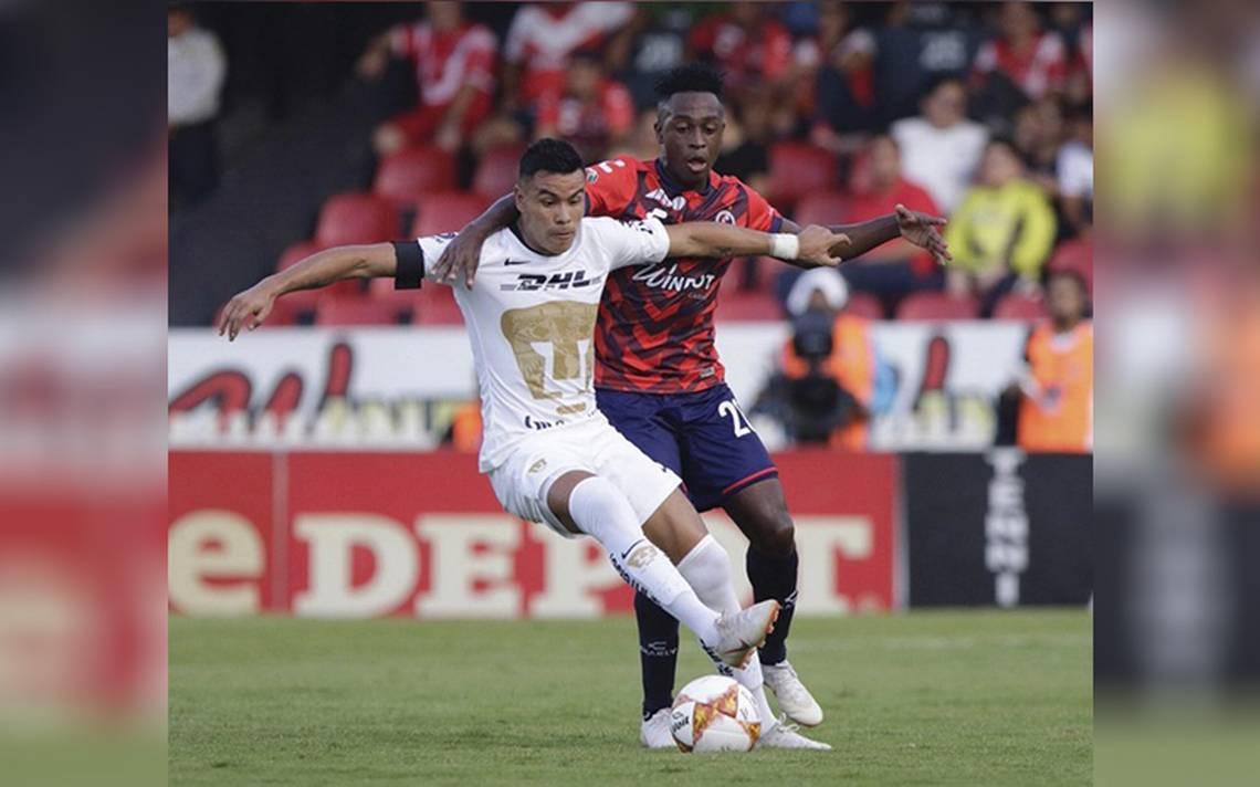 Pumas derrota con dos goles a los Tiburones Rojos de Veracruz