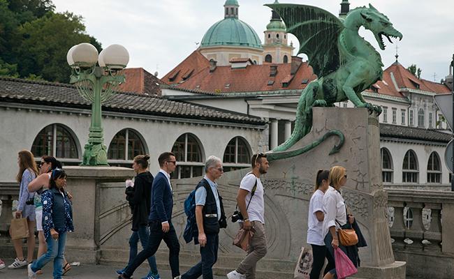 Aumenta turismo en la ciudad natal de Melania
