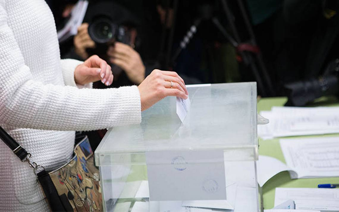 Reportan gran de afluencia de votantes en las elecciones de Cataluña
