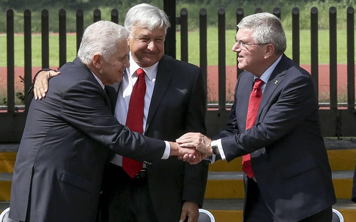 López Obrador anuncia inversión de 5 mil millones de dólares para el deporte mexicano