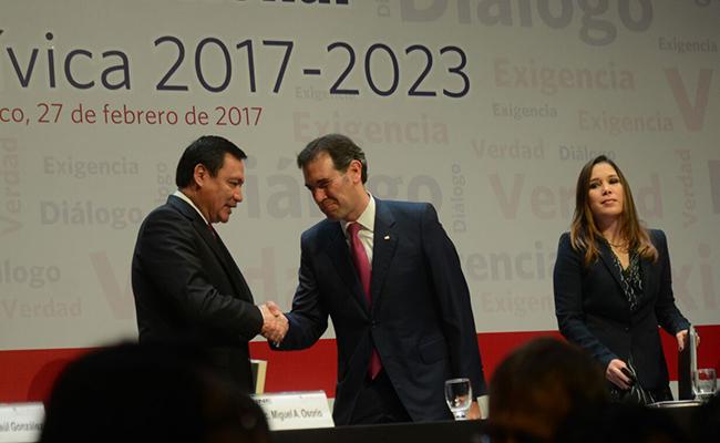 La democracia se fortalece cuando mejoramos las instituciones: Osorio Chong
