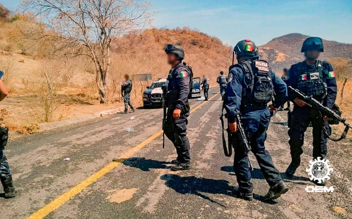Atacan a balazos a elementos de Gendarmería en Coyuca de Catalán