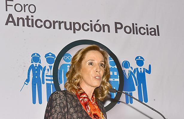 Rescatar a instituciones policiales de vaivenes  políticos y corrupción: María Elena Morera