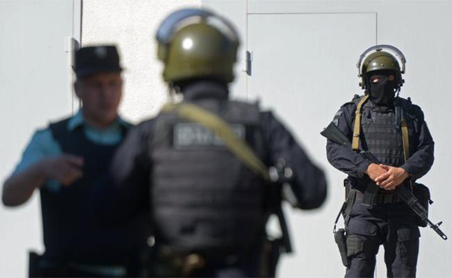 Autoridades rusas desactivan artefacto explosivo en edificio en San Petersburgo