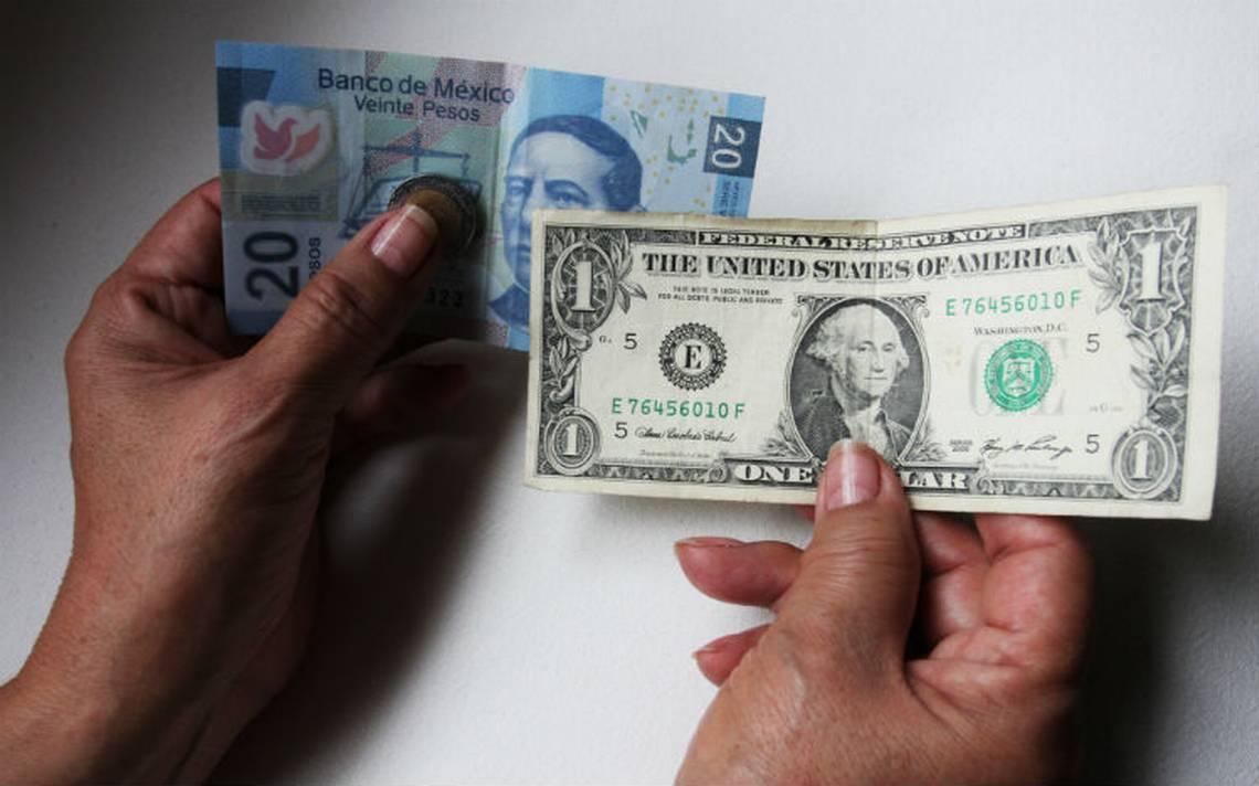 Dólar se oferta hasta en 19.23 pesos en bancos capitalinos
