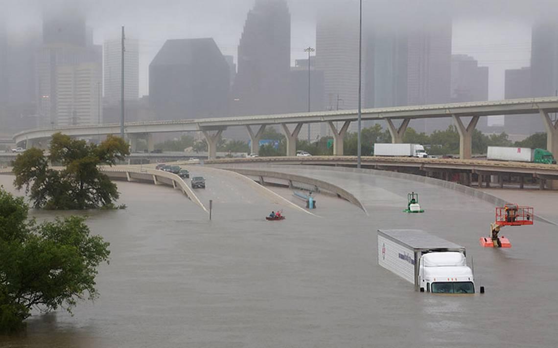 Harvey deja inundaciones sin precedentes en Texas