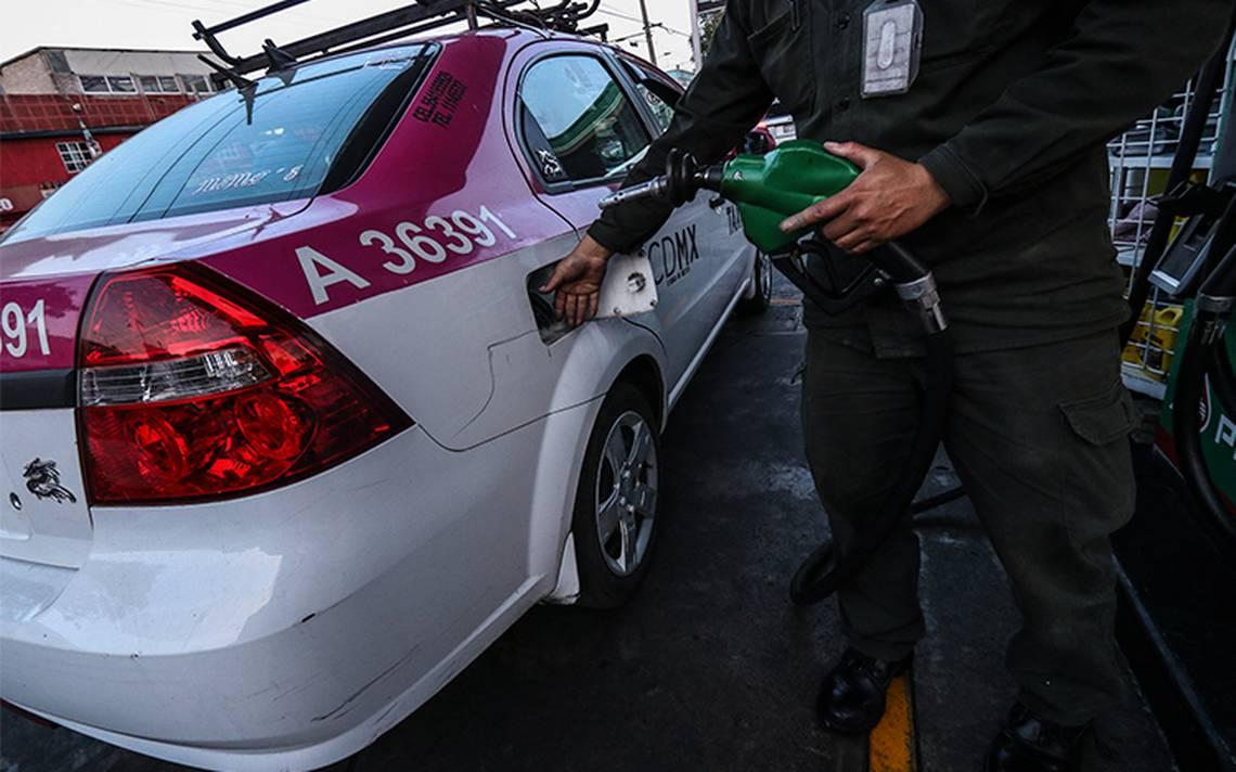 Persiste la desigualdad laboral entre los despachadores de gasolina